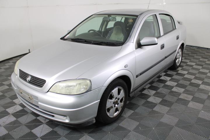 2004 Holden Astra CD Classic TS Manual Sedan