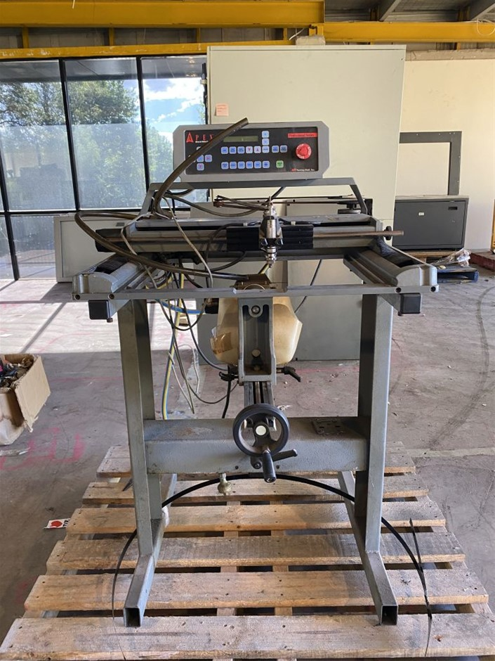 Newing-Hall Engraving Machine with Apex Advanced Motion Controller