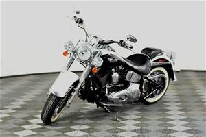2005 Harley Davidson Softail Deluxe, 69,