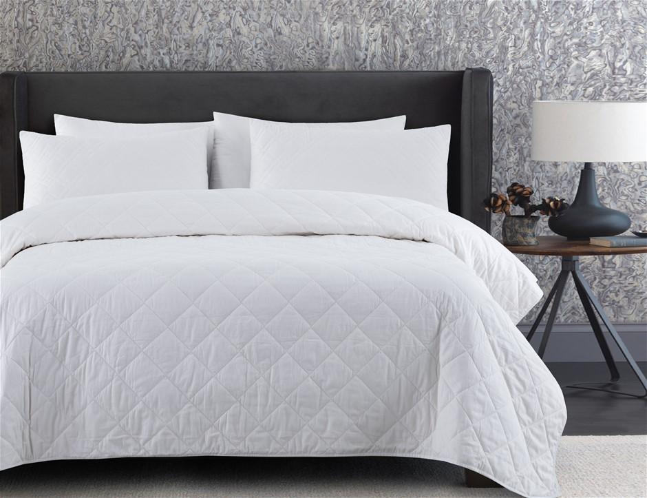 Dreamaker Summer Bamboo & Cotton Blend Quilt King Single Bed