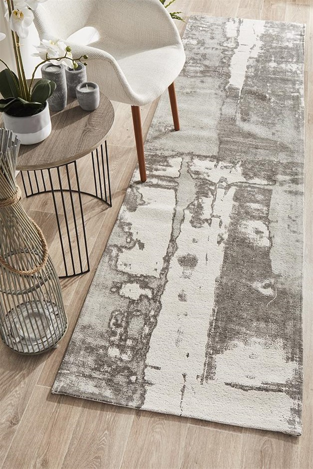 Large Silver Grey Abstract Jacquard Woven Rug - 400X80cm