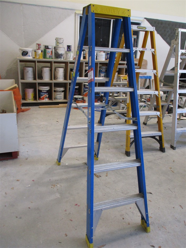 Bailey RFDS6 Double Sided Step Ladder