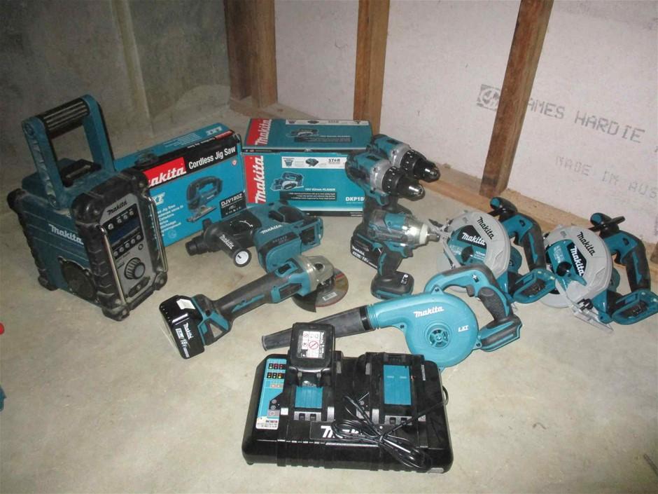11 x Makita 18V Hand Jeld Power Tools