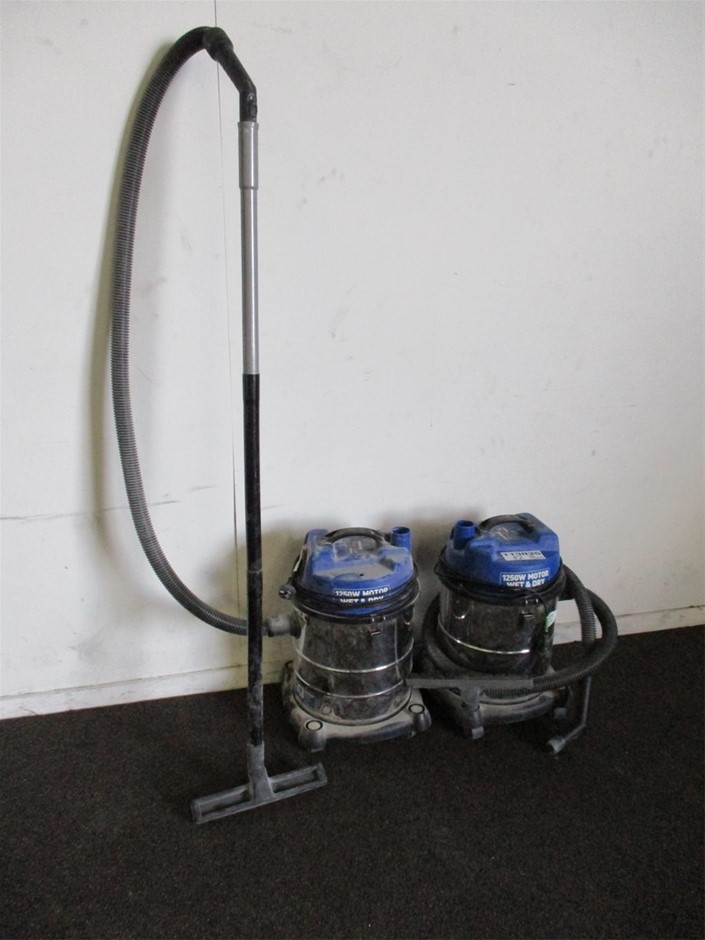 2x Kincrome Wet & Dry Garage Vacuum Cleaners