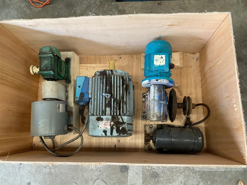 Crate Of Assorted Motor Gearboxes And Motors - Used