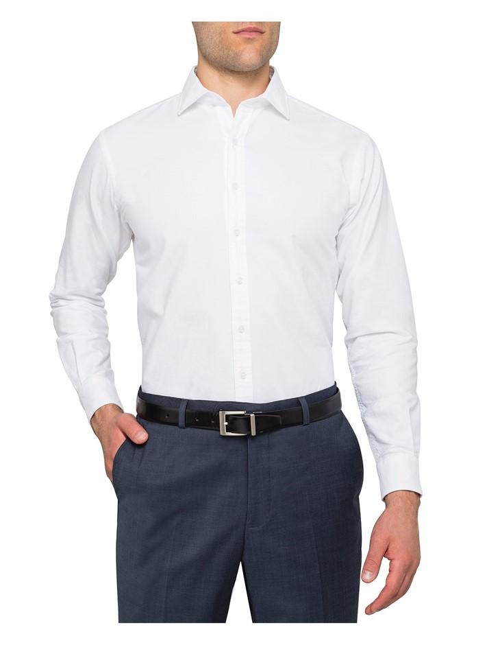 VAN HEUSEN Button Down Collar European Fit Shirt. Size 39, Colour: White. B