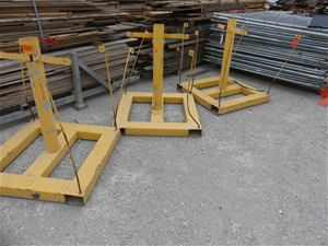 Steel stands Approx. Length (mm): 1000 A