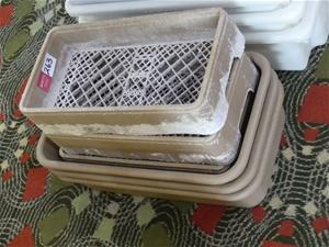 Dishwasher trays