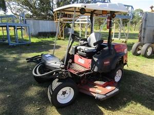Toro Groundmaster 360 Quad-steer Mower 4