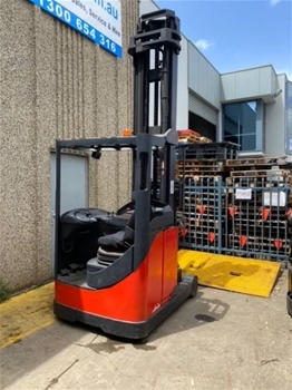 Reach/Stacker Forklifts