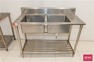 Stainless Steel Twin Sink with Undershel