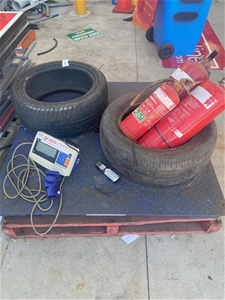 Pallet Scales & Assorted Items