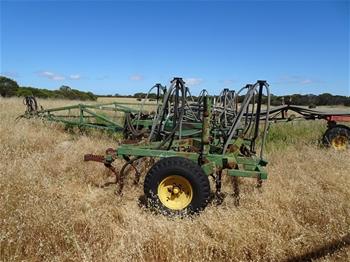 Horwood Bagshaw Till Master Air Seeding Drill