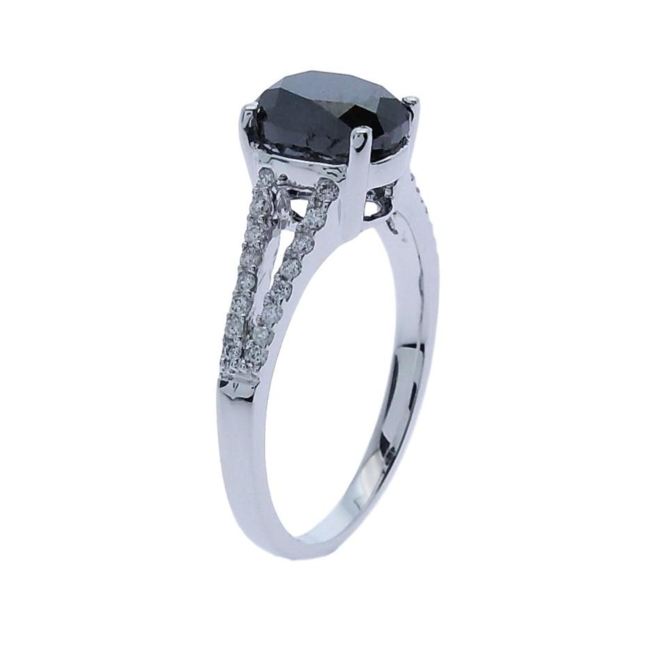18ct White Gold, 2.65ct Diamond Engagement Ring