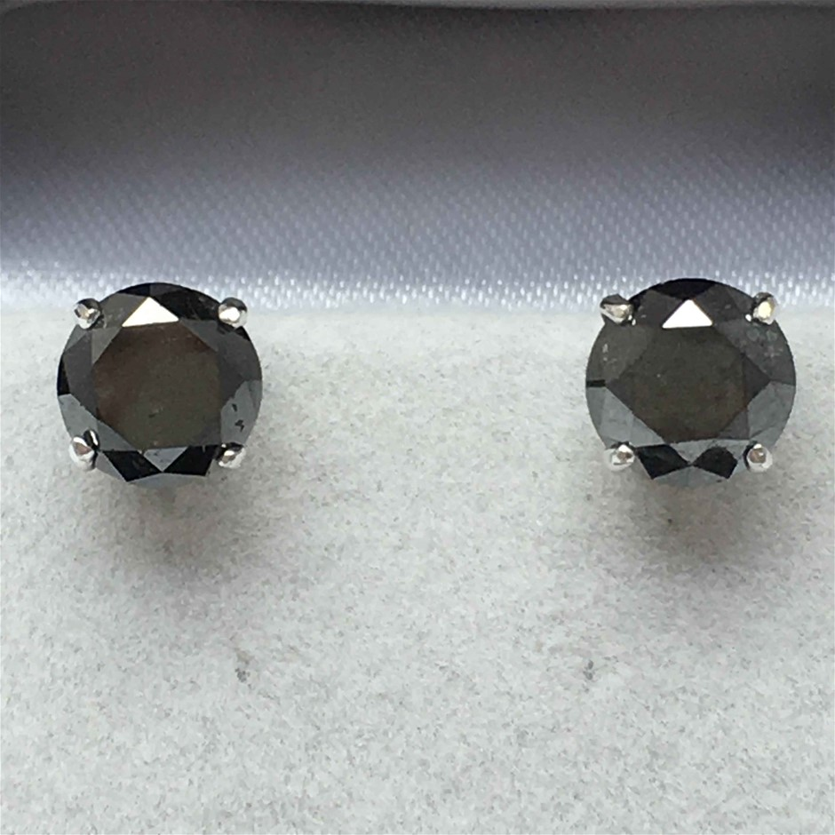 18ct White Gold, 4.38ct Diamond Earring