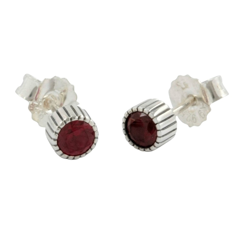 Thomas Sabo Red Corundum Oxidised Stud Earrings.