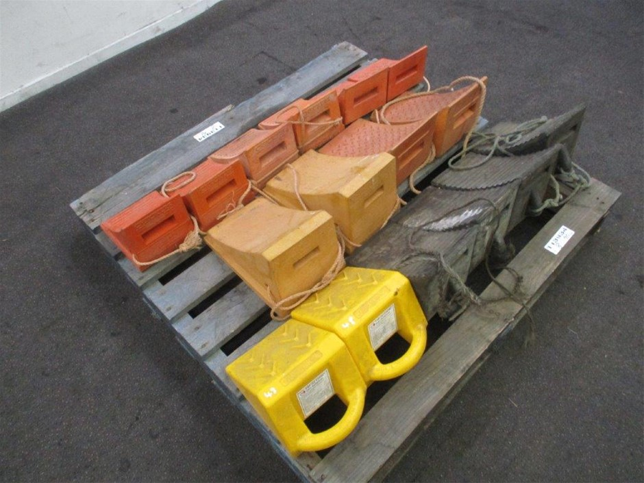 8 Sets Various Wheel Chocks
