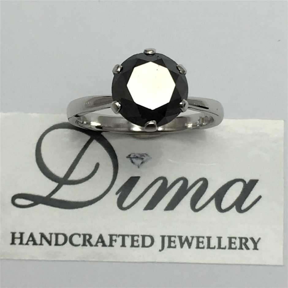 9ct White Gold, 3.80ct Diamond Ring