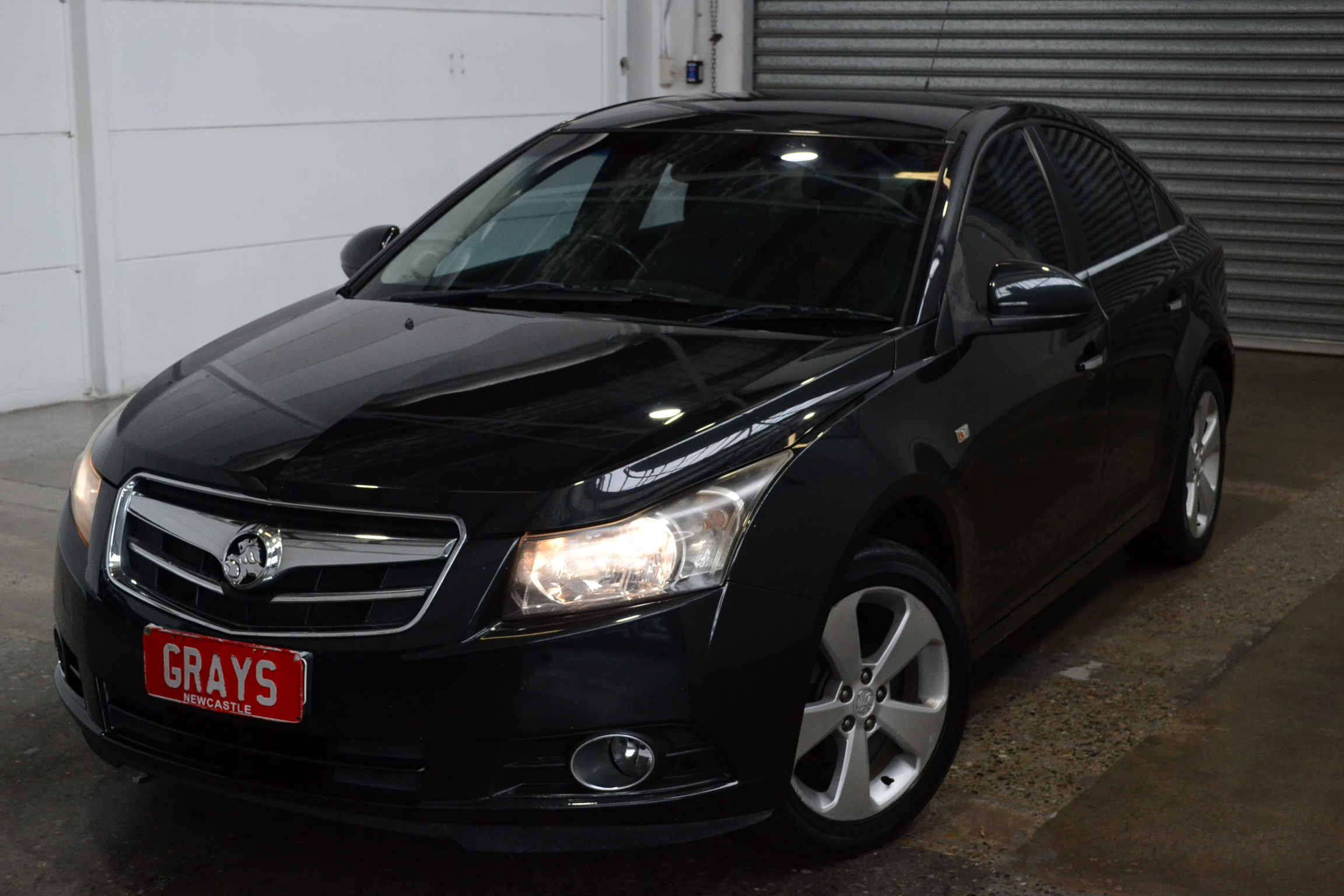 2010 Holden Cruze CDX JG Manual Sedan