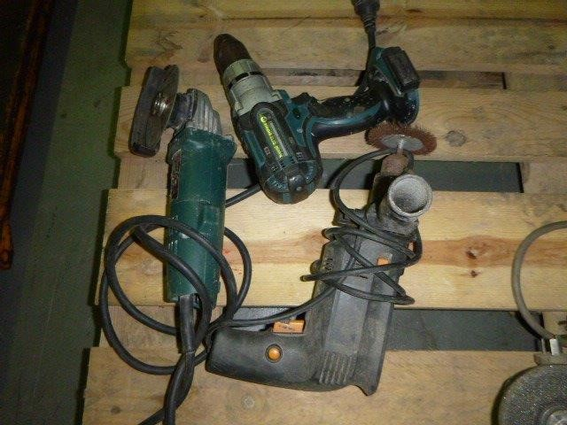 Quantity of Electrical Hand Tools