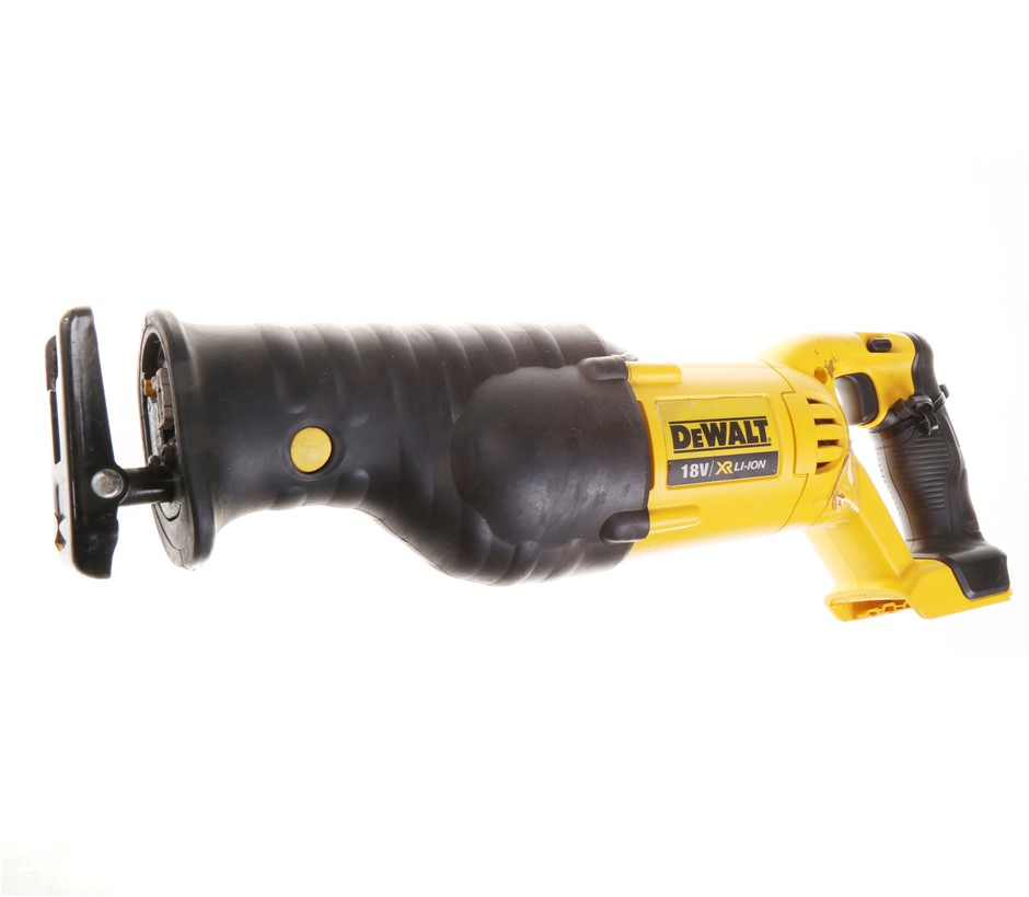 DEWALT 18V Cordless Reciprocating Saw. Skin Only. N.B. Power on test passed
