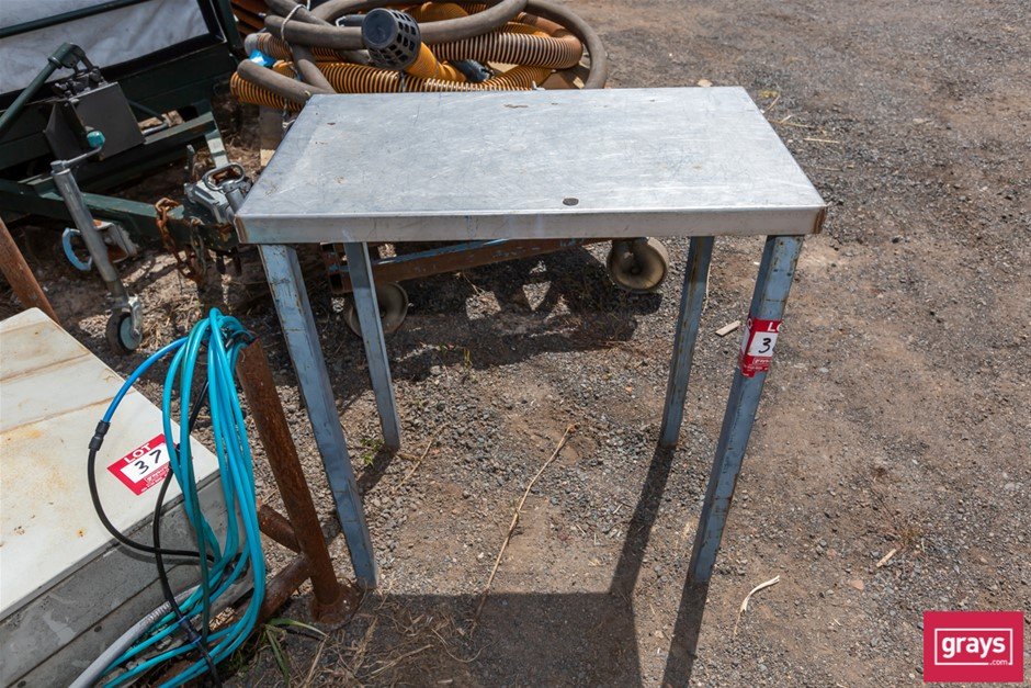 2x Assorted Work Bench