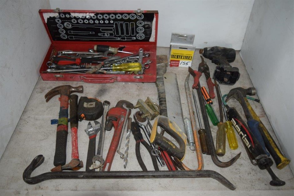 Lot of Assorted Hand Tool