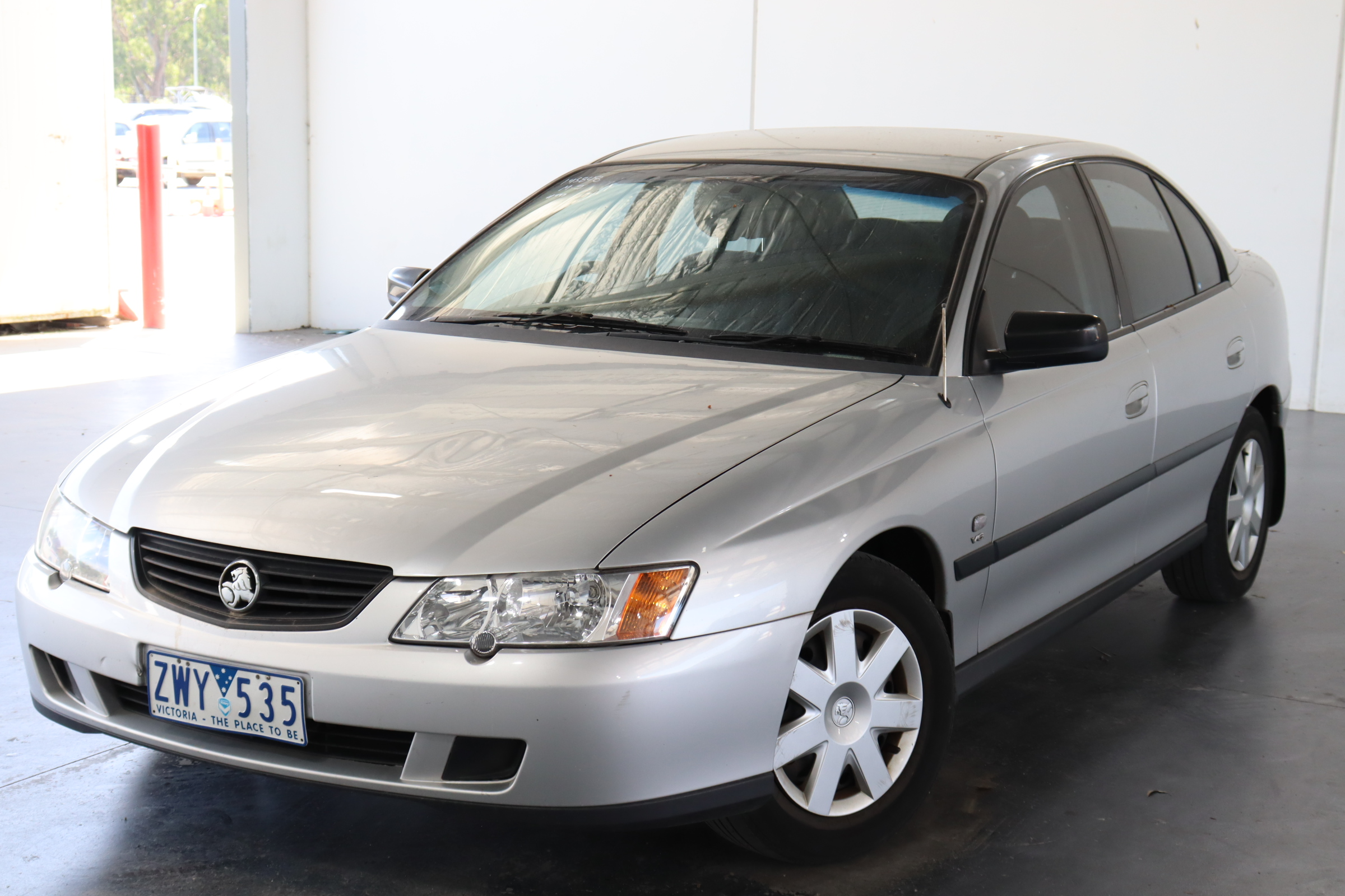 2004 Holden Commodore Executive Y Series Automatic Sedan