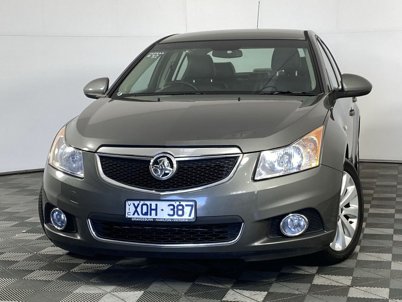 2011 Holden Cruze CDX JH Manual Sedan