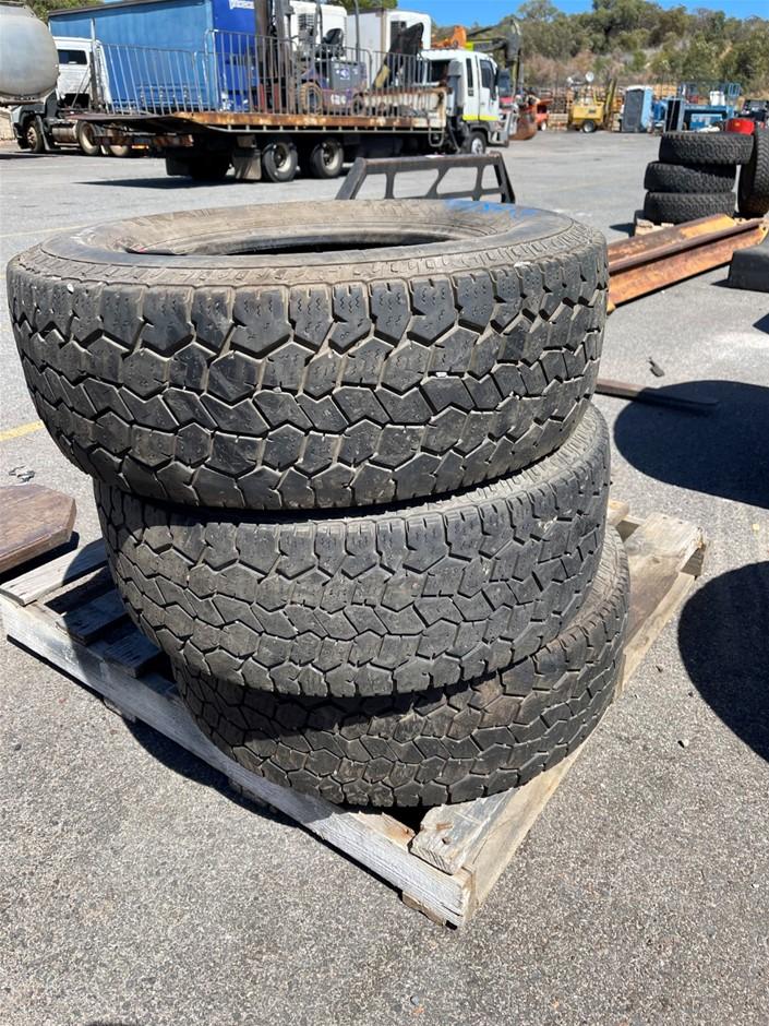 3x 265/70R/17 Dick Cepek All Terrain Tyres