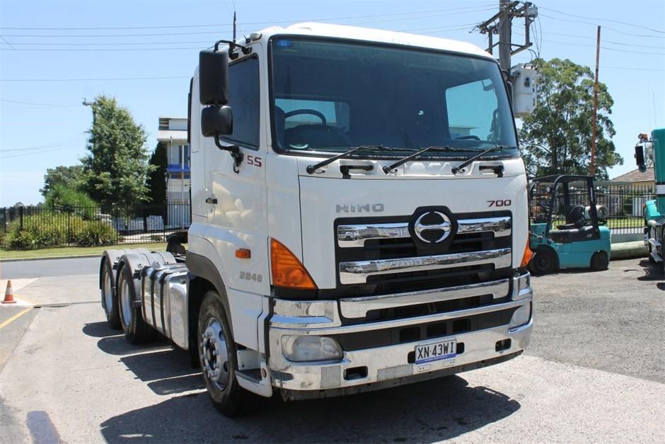 2010 Hino SS1E 700 Prime Mover Truck