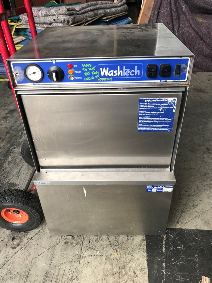Washtech Commercial Dishwasher