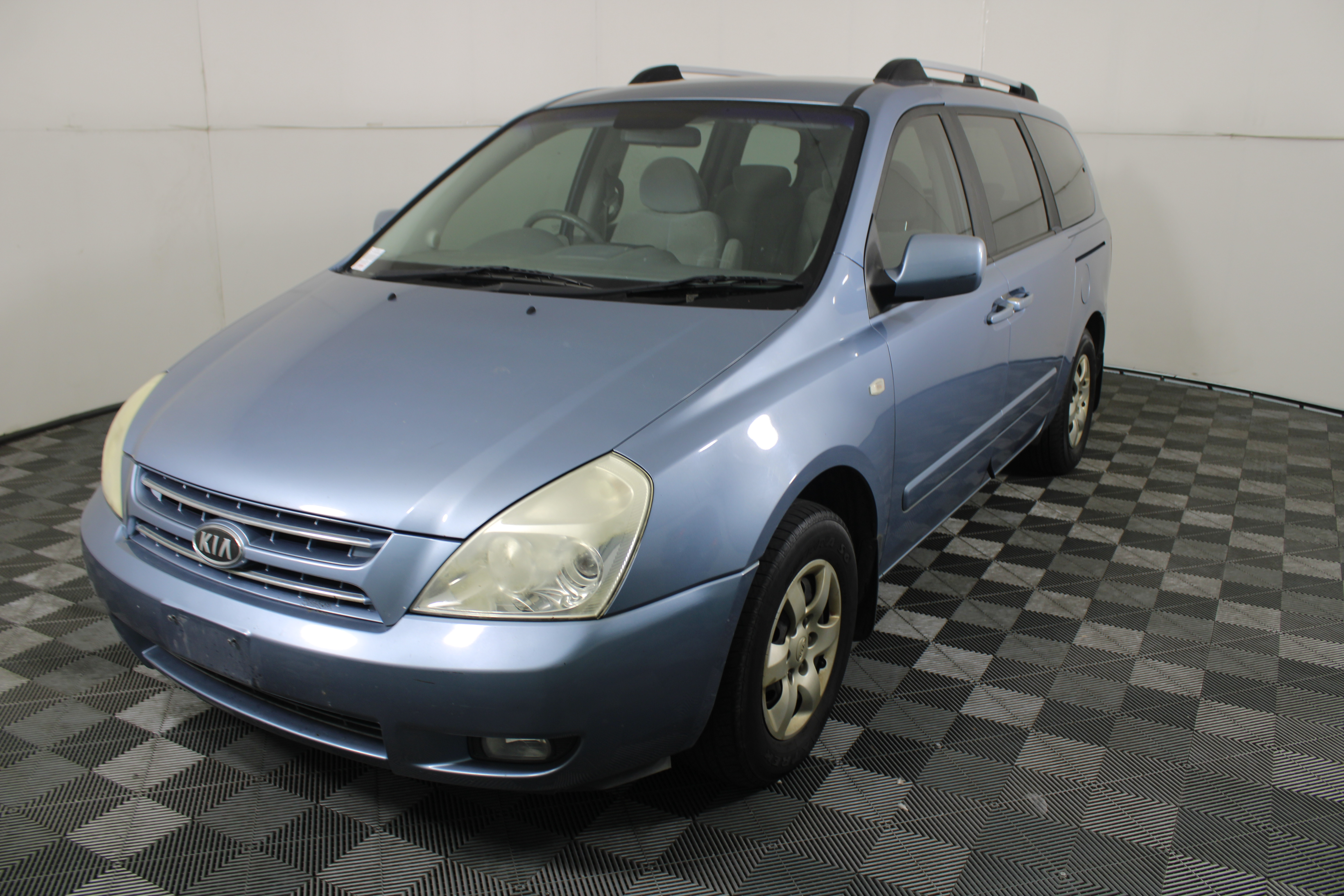 2007 Kia Grand Carnival EX VQ Automatic 8 Seater