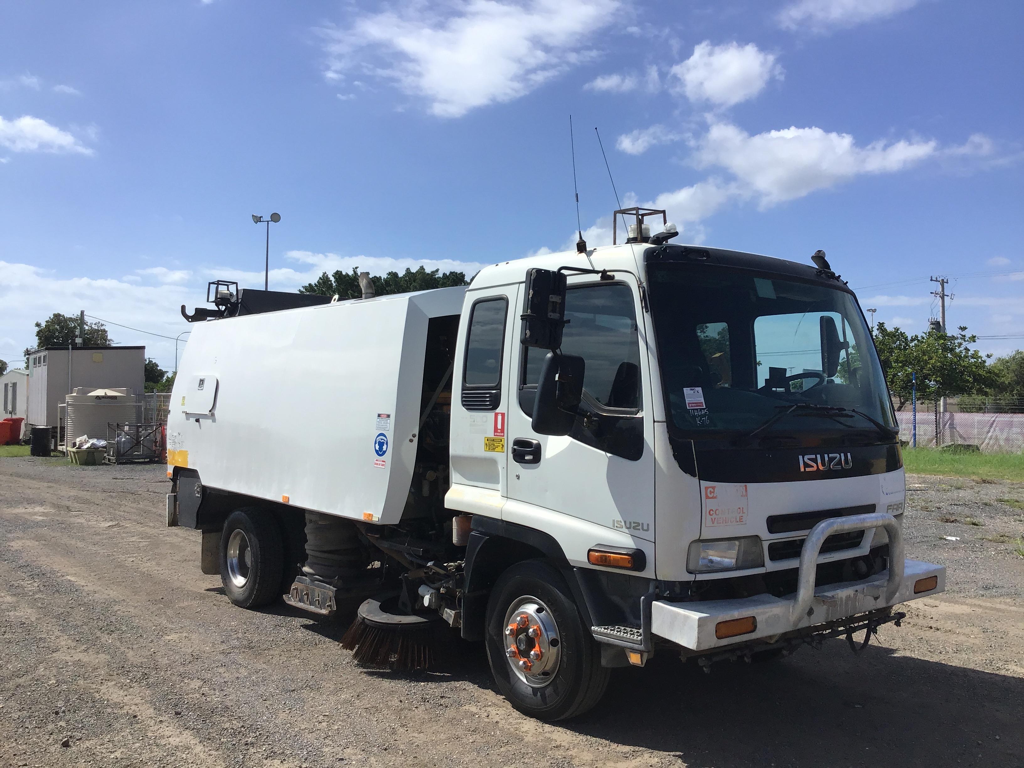 2004 Isuzu FRR 500 4 x 2 Sweeper Truck