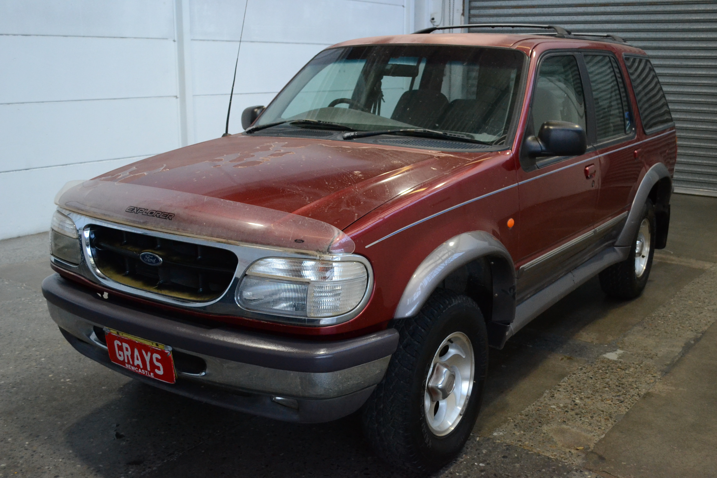 1996 Ford Explorer XLT (4x4) UP Automatic 7 Seats Wagon
