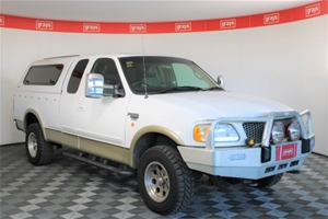 1999 Ford F250 XLT 4WD Automatic Extra C