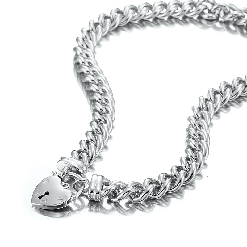 """Impressive 20"""" Chunky Euro Chain Necklace Featuring a Classic Plain Locket"""