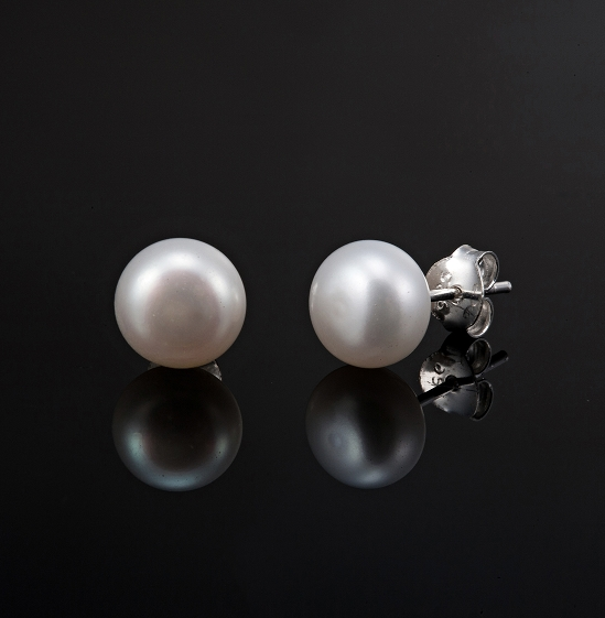 6mm Genuine Freshwater Pearl Earrings made with solid 925 Sterling Silver