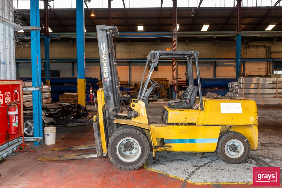 Hyster H5.00XL Counterbalance Forklift (Non Operational)