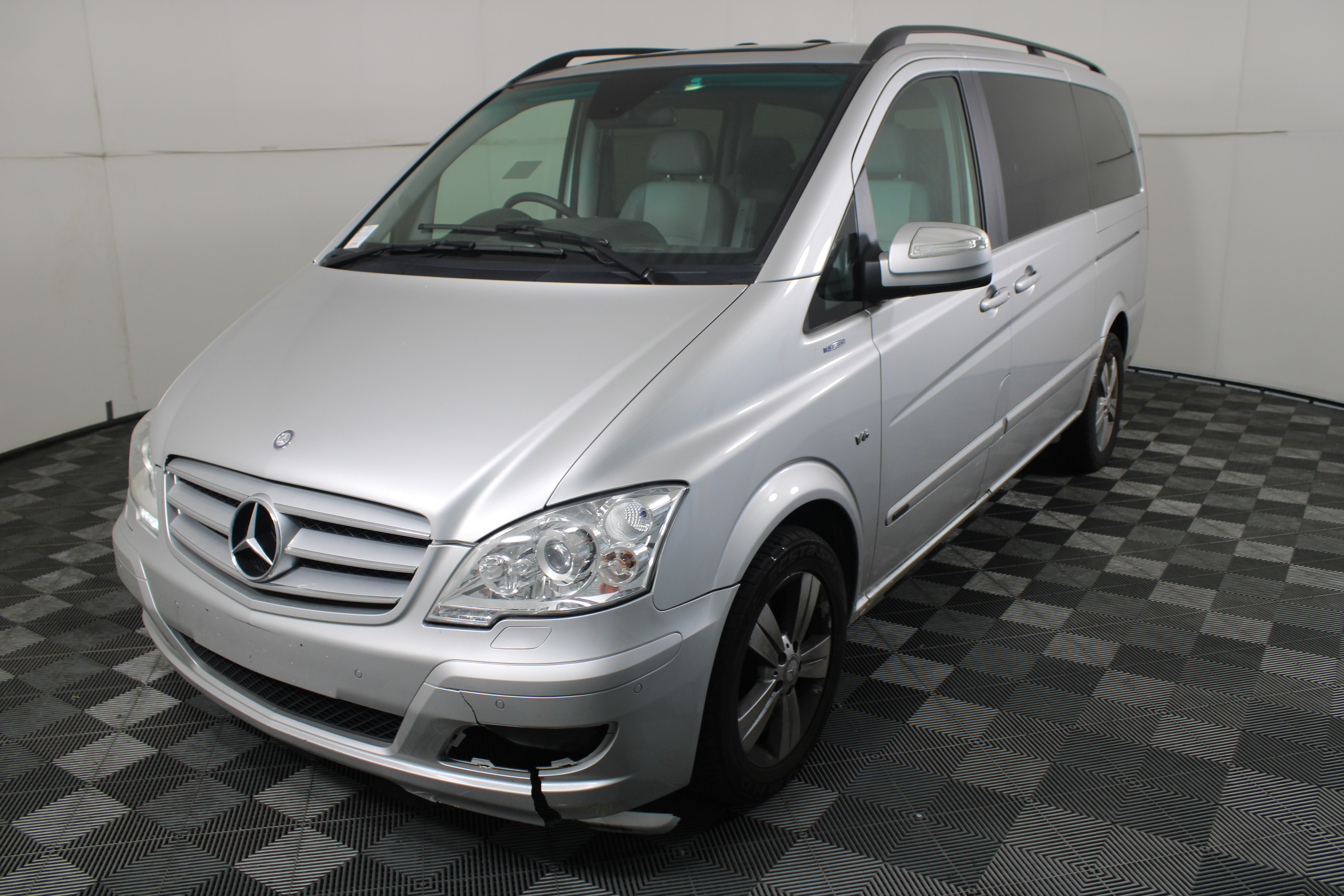 Mercedes-Benz Viano Turbo Diesel Automatic 7 Seats Van