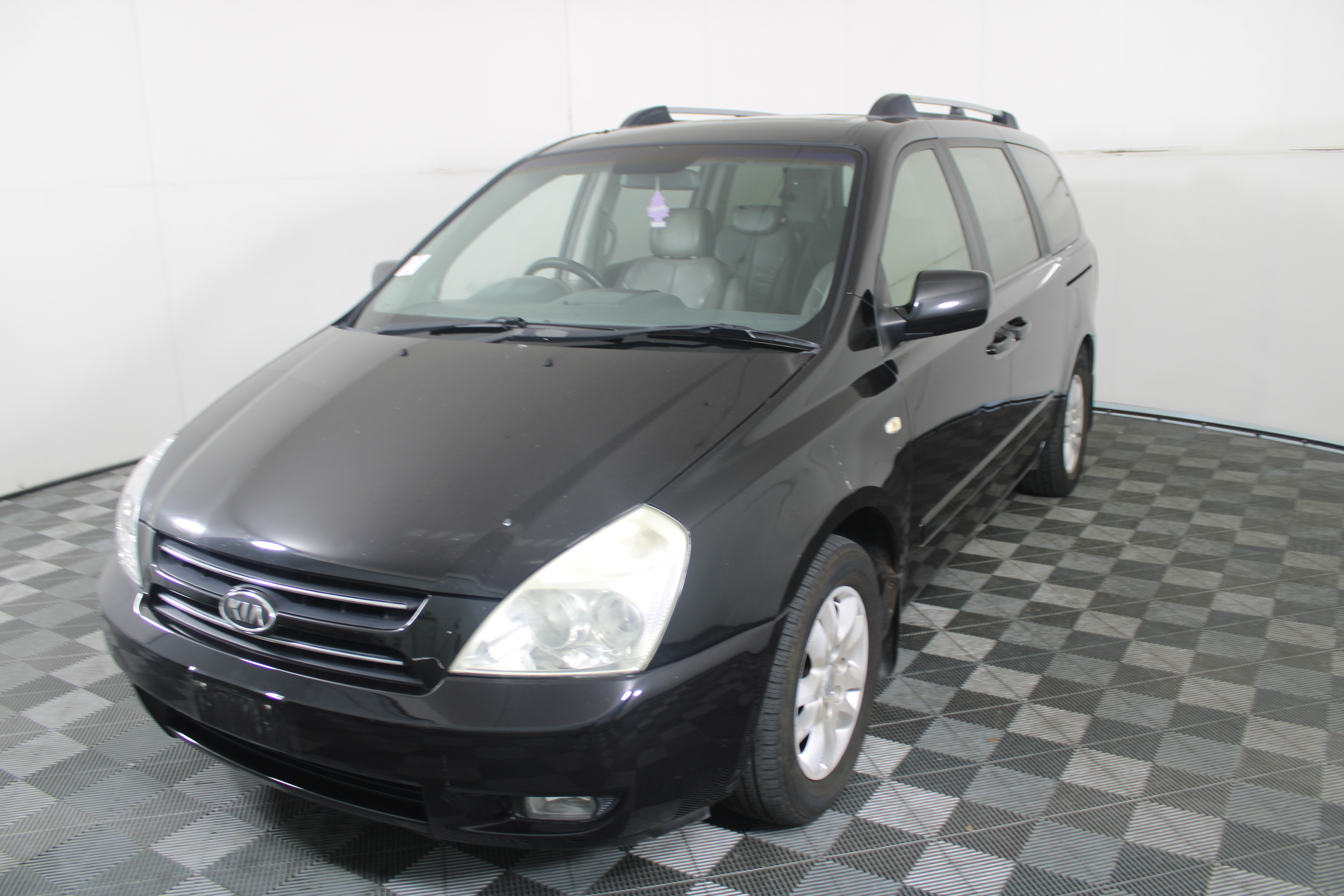 2006 Kia Grand Carnival Platinum VQ Automatic 8 Seats People Mover