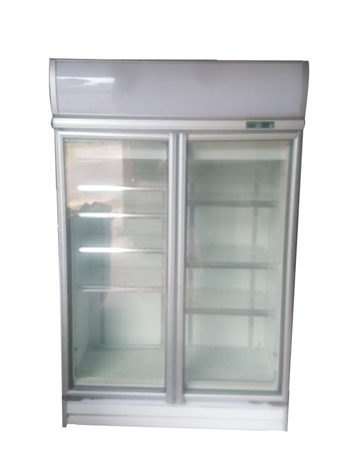 Artisan Model Rs-S2003 - 2 Door Upright Glass Display fridge