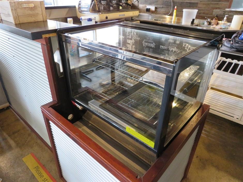 F.E.D. Cake/Desert Display Refrigerator