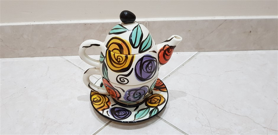 Art Deco Teapot & Cup Set