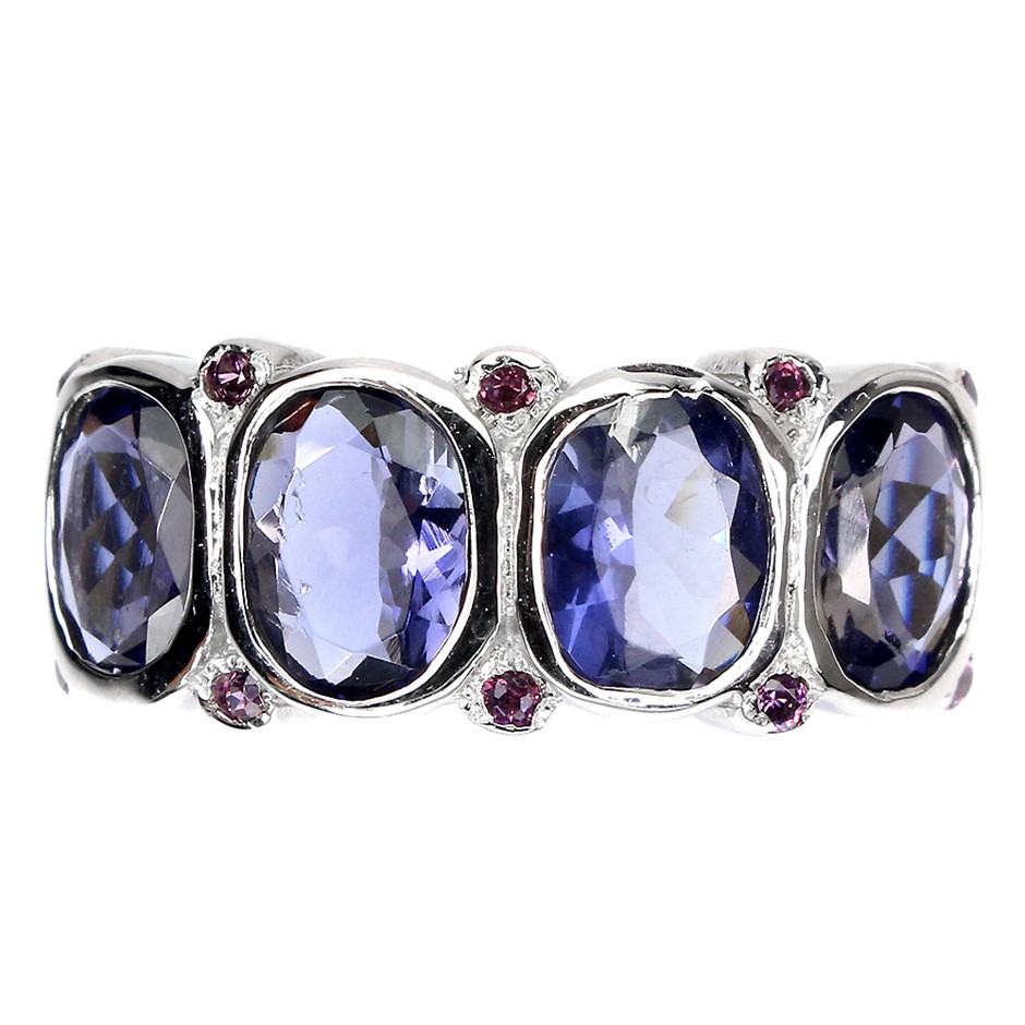 Beautiful Genuine Iolite & Garnet Ring.