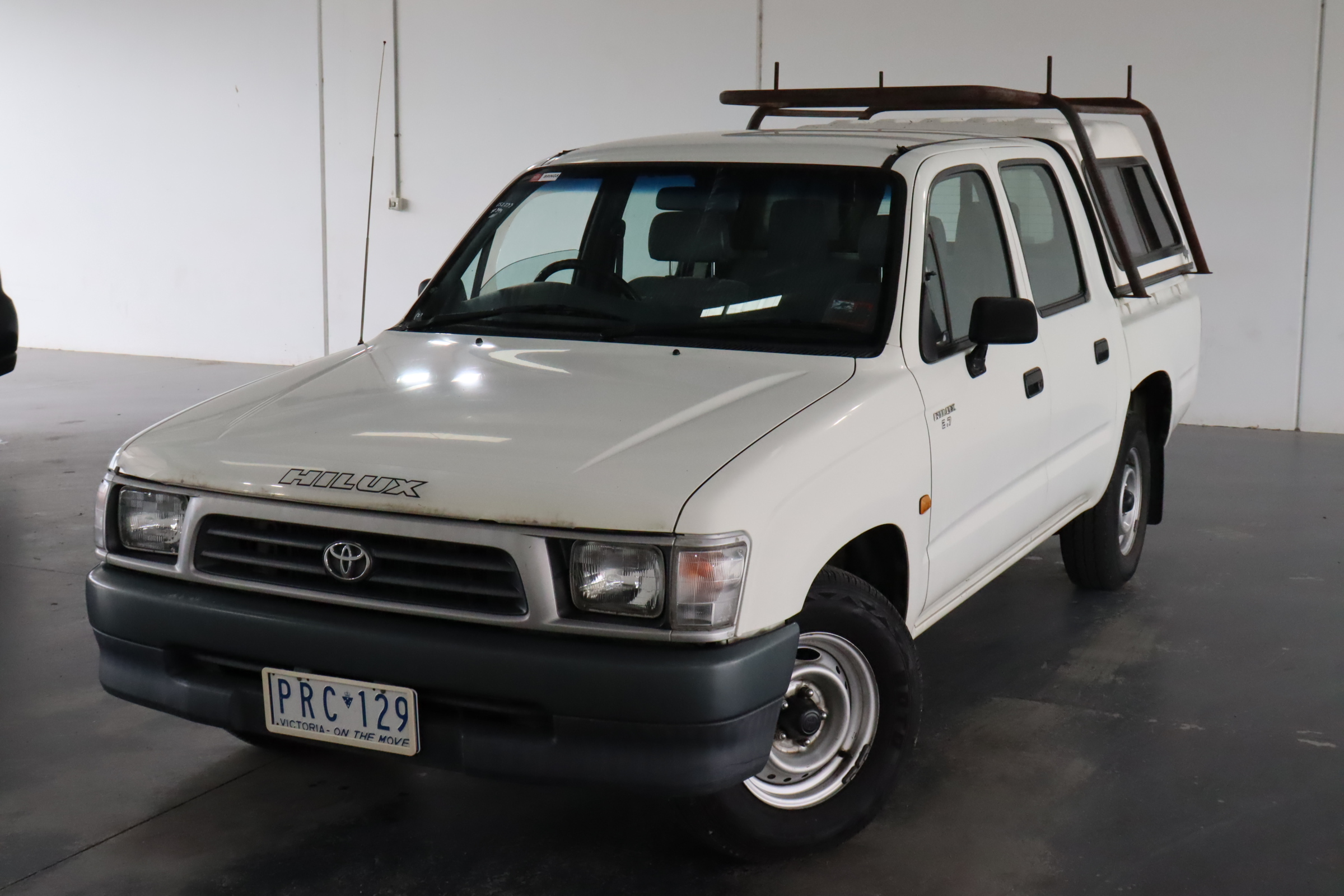 1999 Toyota Hilux Manual Dual Cab