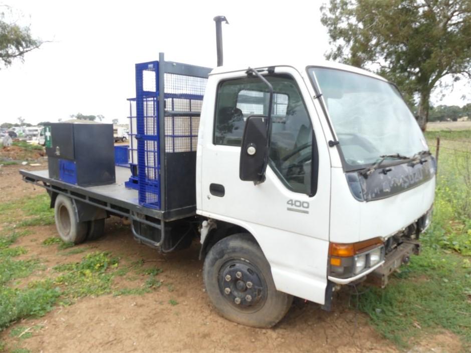 1996 Isuzu NPR66 Series Service Truck (Stat Write Off)