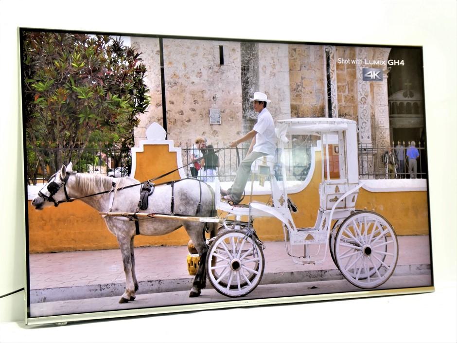 "Hisense 55"" R7 4K UHD Smart ULED TV"