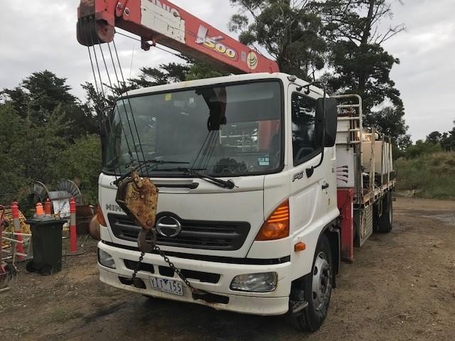 2003 Hino FG, Tray Body Truck