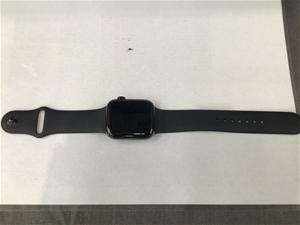 Apple Watch - Series 4 - 44mm - Black wi